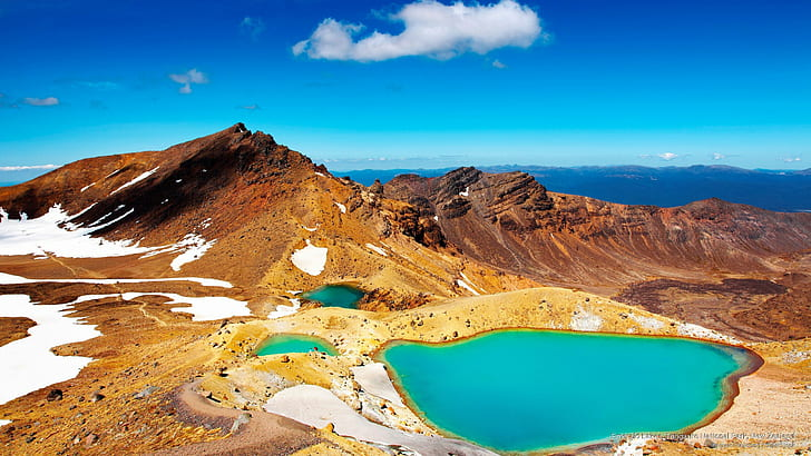 Emerald Lake, Tongariro National Park, North Island